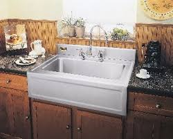 Fireclay Farmhouse Kitchen Sink Everything You Need To Know - Farmer kitchen sink