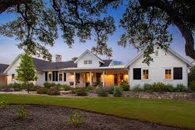 Single Story Farmhouse | coastal cottage single story exterior farmhouse with covered porch