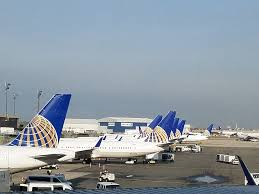 United New Baggage Policy by French Woman Flew United To San Francisco When Her Boarding Pass