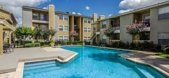 apartments in south houston tx with swimming pools