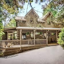 cabin style home amazing 5 bedroom log cabin vrbo