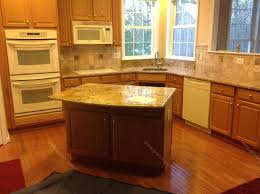 pictures of kitchen backsplashes with granite countertops backsplash granite countertops backsplash project images or no