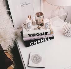 white frame faux fur rug diy books diy vogue books diy