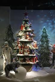 Window Display Christmas Decorations Uk by Festive Windows Christmas Windows Window Displays And Christmas