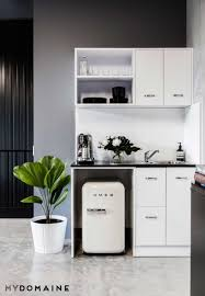 calling all minimalists this beauty blogger u0027s office is your