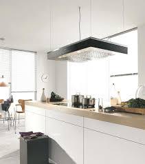 installation hotte de cuisine la hotte de cuisine autonome suspendue a 4 cables en inox la hotte