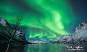 where are the northern lights located where are the best places countries to see the northern lights