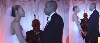beyonce u0027s mum reveals she didn u0027t like her wedding dress wedded