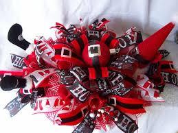santa belt ribbon 863 best christmas wreaths images on winter wreaths