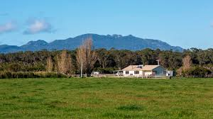 finding acreage or farms for sale in launceston tas has never