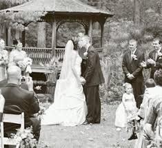 Wedding Site Weddings In The Garden Toledo Botanical Garden