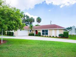 Colonial Homes For Sale by Colonial Terrace Homes For Sale In Vero Beach