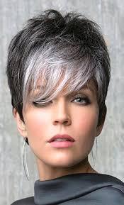 es un corte sofisticado y a la vanguardia cabellos blancos