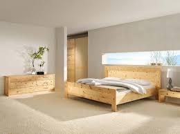 schlafzimmer naturholz haus renovierung mit modernem innenarchitektur kühles naturholz