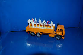 volvo trucks germany siku no 2513 volvo f7 road maintenance truck 1980 u0027s germany in box