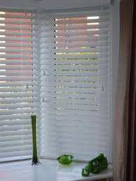 venetian blinds bay windows fitting window treatments design ideas