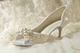 wedding shoes for wide wedding shoes ideas get more comfortable through wide width