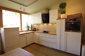 weiße küche mit holz freistehende massivholz modulküchen annex küche kitchen
