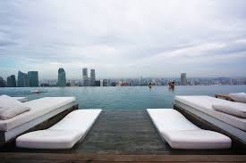 stunning marina bay sands infinity pool dangerous pictures design