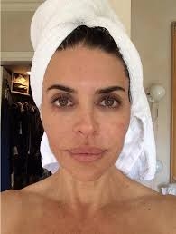 lisa rinna tutorial for her hair lisa rinna 50 looks a fright in face mask before unveiling