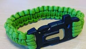 buckle survival bracelet images Best survival bracelets how to pick the right one for you jpg