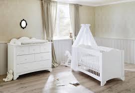 ensemble chambre bebe pinolino chambre bebe pino lit commode à langer pinolino lit