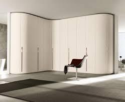 armoire de chambre design armoire blanche dans la chambre à coucher 25 designs