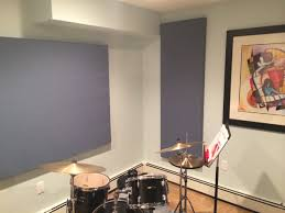 bad acoustics in music room reduce echo in a room