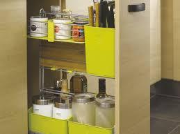 meuble à épices cuisine des meubles pratiques et fonctionnels dans toute la maison avec