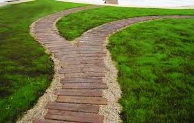 Backyard Pathway Ideas 22 Ideas For Mixing Materials To Create Beautiful Yard Landscaping
