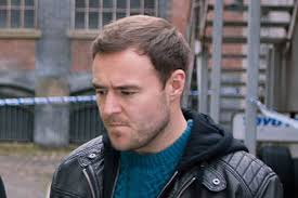 coronation street hair transplants coronation street s alan halsall undergoes hair transplant as