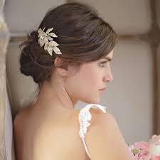 coiffeur mariage les barrettes comme accessoire de coiffure de mariée