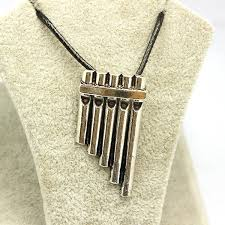 2015 free shipping new fashion movie jewelry peter pan flute