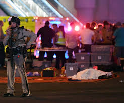 horror on the strip 10 somber images from the las vegas shooting