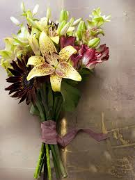 Bouquet Of Lilies A Tied Bouquet With Lilies Funny How Flowers Do That