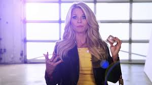 30 Year Old Skin Care The Skin Care Products Christie Brinkley Swears By For Anti Aging