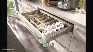 tiroir interieur placard cuisine amenagement meuble de cuisine amenagement interieur cuisine charmant