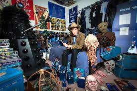 dr who bedroom doctor who fanatic offers stays in who themed home pictures