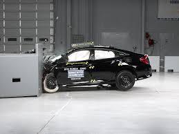 si e auto crash test 2016 honda civic 4 door driver side small overlap iihs crash test
