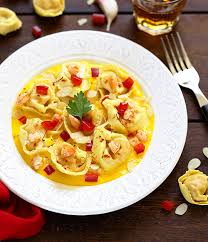 arte cuisine du monde tortellini du monde rana crevettes poulet et légumes