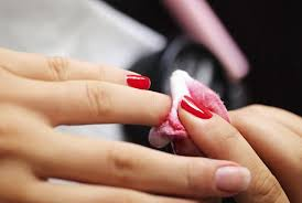 how to remove a gel manicure yourself without ruining your nails