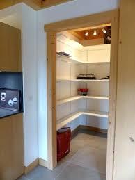 cellier cuisine rangement cellier cuisine cellier avec rangements ct cuisine home