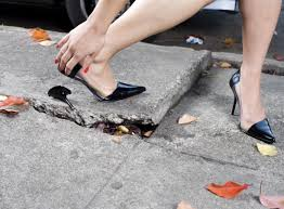 how to deal with a broken heel on a pair of shoes