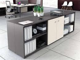 rangement sur bureau armoires et caissons mélaminés armoires à composer i bureau