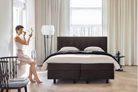 Schlafzimmer Bett Metall Awesome Einrichtungsideen Schlafzimmer Betten Roche Bobois Ideas
