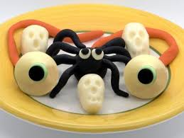 how to make decorations for halloween cakes lovetoknow