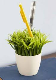 What Plants Are Cubicle Friendly by 54 Ways To Make Your Cubicle Less Faux Plants Pen Holders
