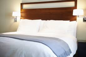 Living With Bed Bugs How To Spot Bed Bugs In Your Hotel Before It U0027s Too Late Southern
