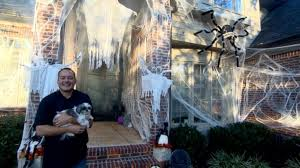 Big W Halloween Decorations by Meet The Family That Goes All Out With Halloween Decorations Video