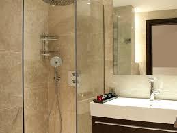 Download Small Ensuite Bathroom Design Gurdjieffouspenskycom - En suite bathrooms designs